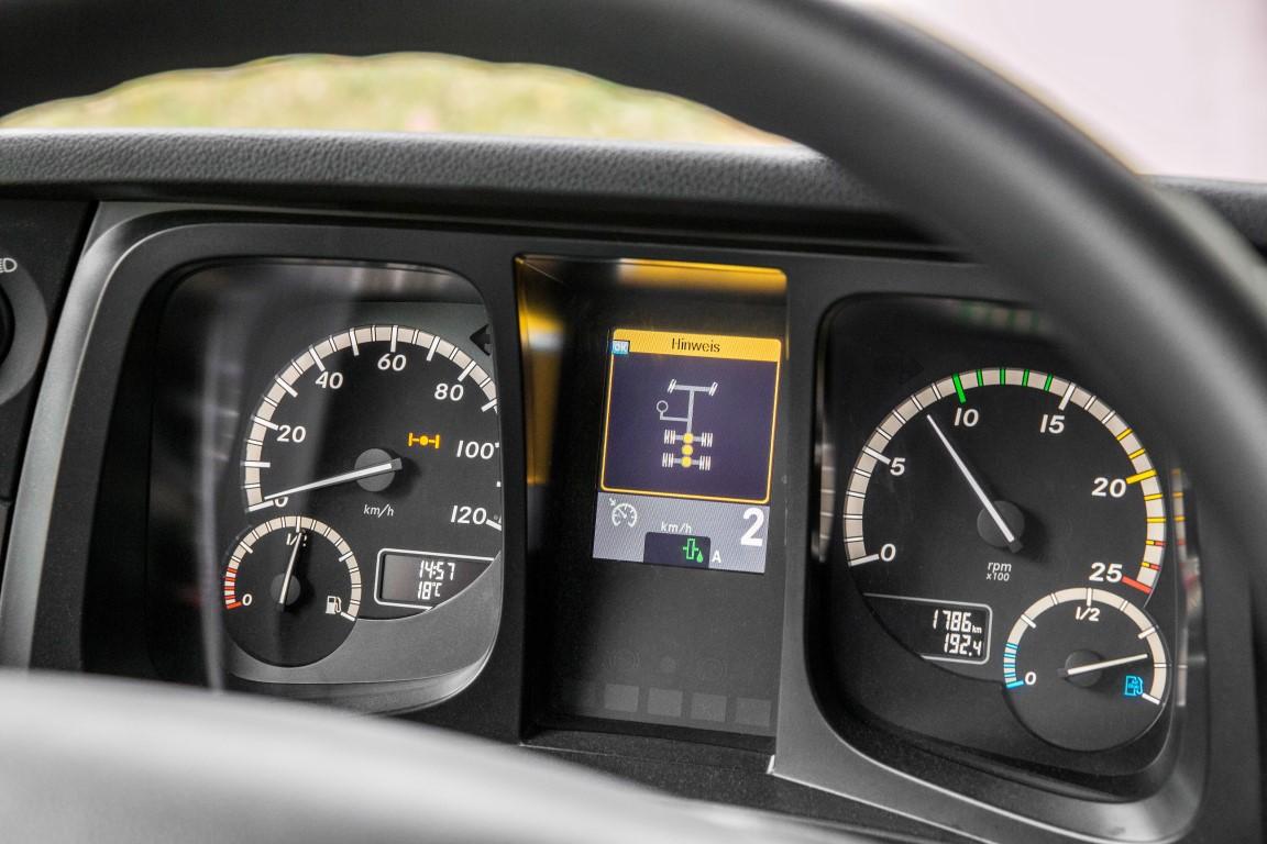 Mercedes-Benz Arocs 2648 K 6x4 TRK // Mercedes-Benz Arocs 2648 K