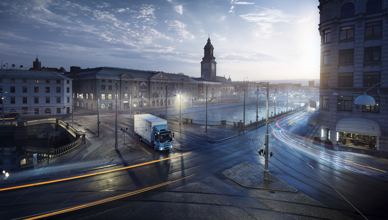 volvo electric truck 2(Medium)