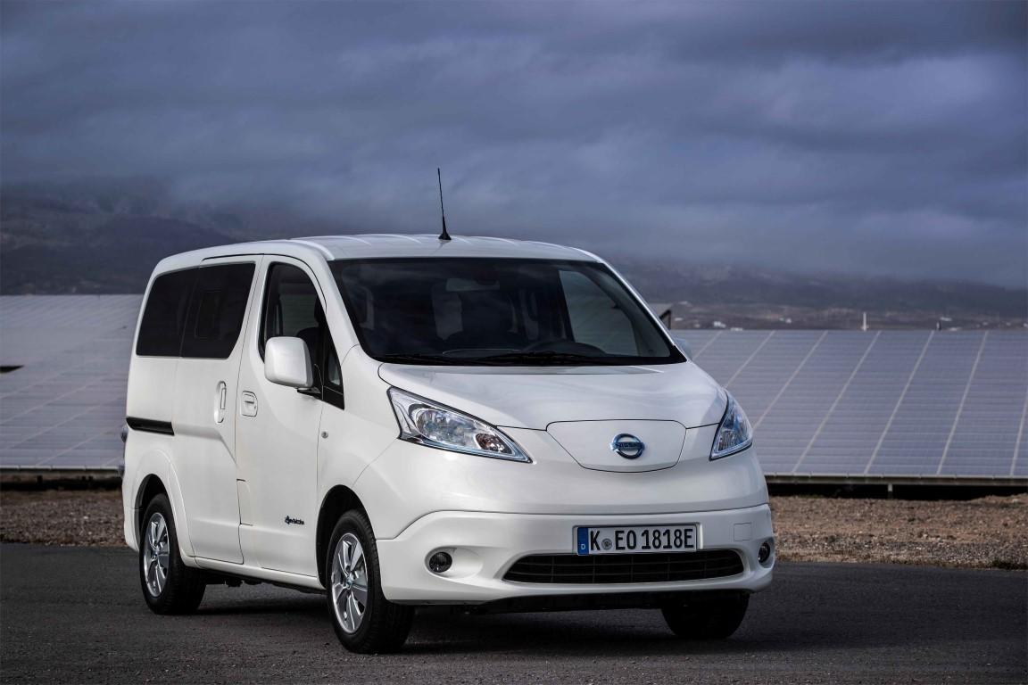 Nissan_e-NV200_Zero-emissions_van (Medium)