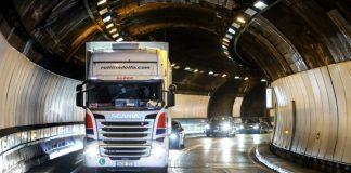 Επαγγελματίες οδηγοί : Οι τελευταίοι «ελεύθεροι» άνθρωποι της Ευρώπης