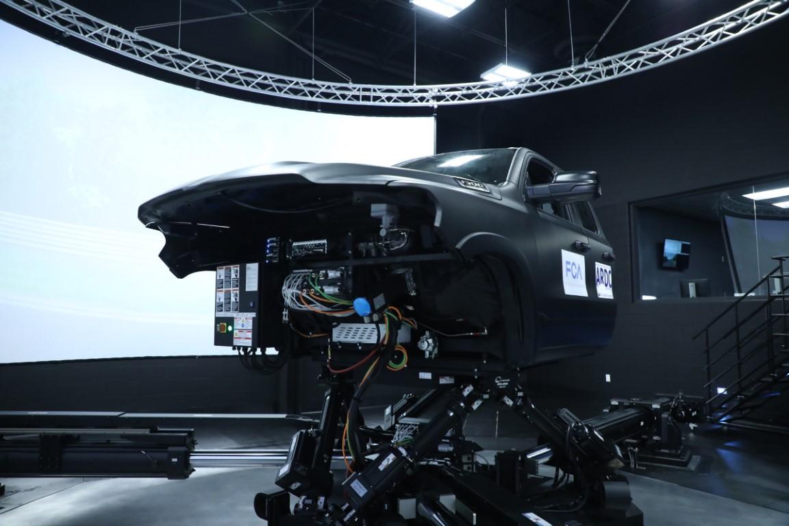 FCA Advanced Vehicle Driving Simulator