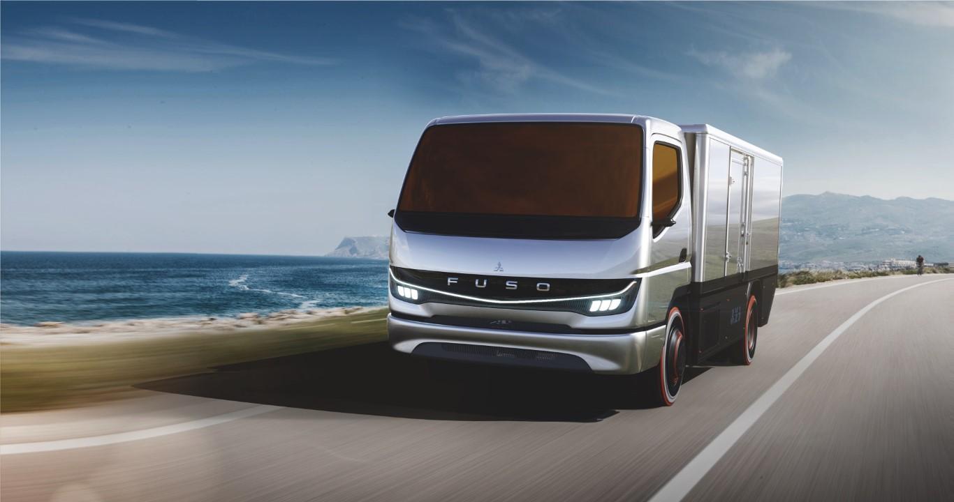 """Mit dem """"Vision F-Cell"""" verstärkt Daimler Trucks & Buses konsequent seine Aktivitäten im Bereich Wasserstoff. With the """"Vision F-Cell"""" Daimler Trucks & Buses is further strengthening its activity in the hydrogen field."""