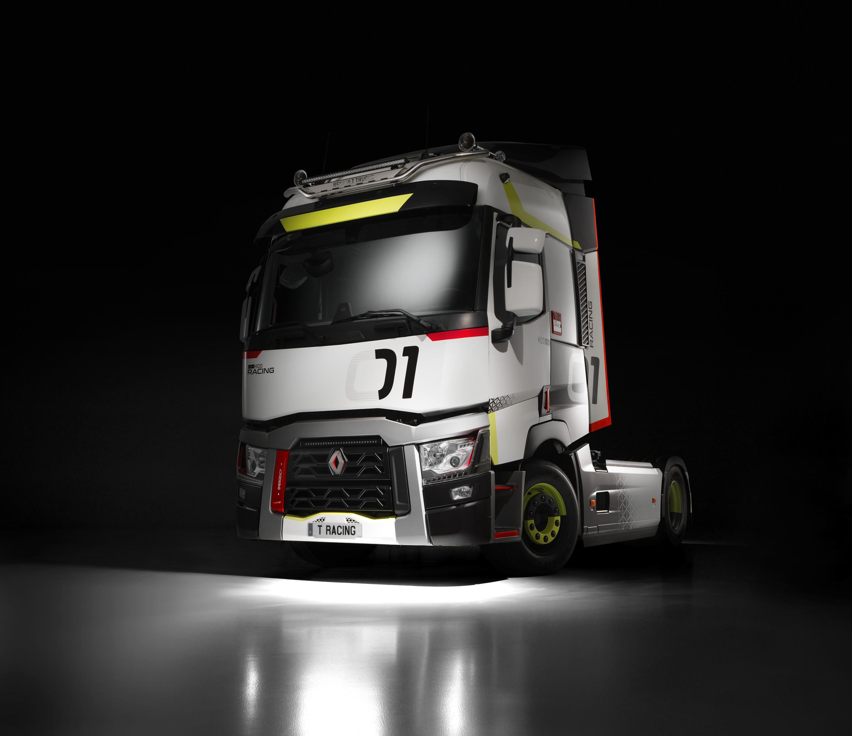 renault-trucks-01-racing-used-trucks_05