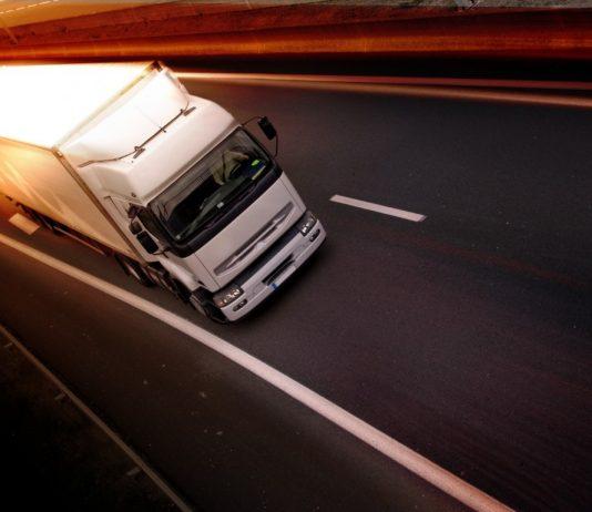 Γιατί η καραντίνα 14 ημερών δεν ισχύει για τους οδηγούς διεθνών μεταφορών;