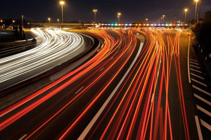 Το Υπουργείο Υποδομών απαντά σε 10 ερωτήσεις και εξηγεί τι αλλάζει στις μετακινήσεις μας με τα Μέσα Μαζικής Μεταφοράς
