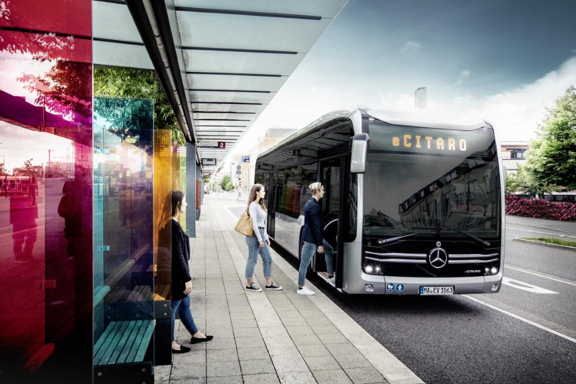 Mercedes-Benz eCitaro mit vollelektrischem Antrieb // Mercedes-B