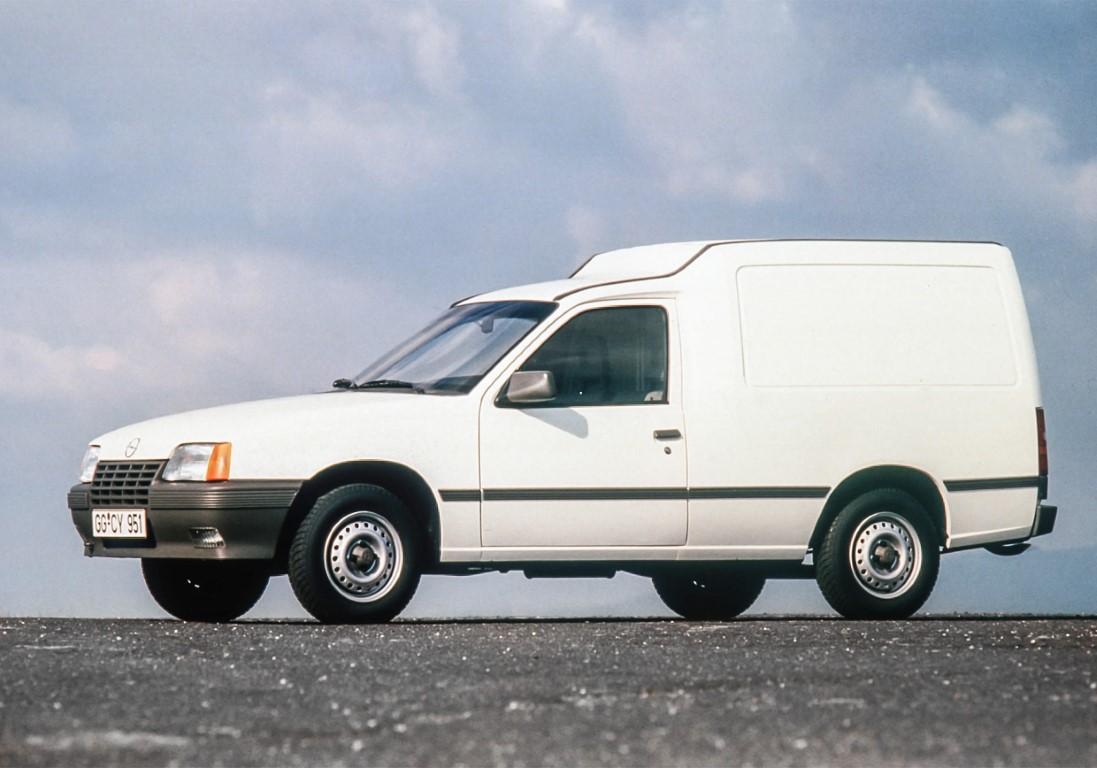 Opel-Kadett-Combo-A-1985-47450 (Medium)