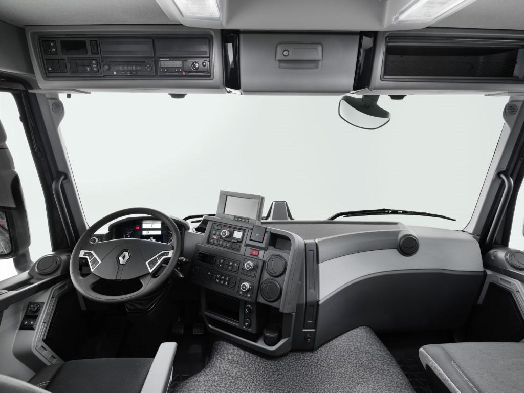 Renault C & K (15) (Medium)