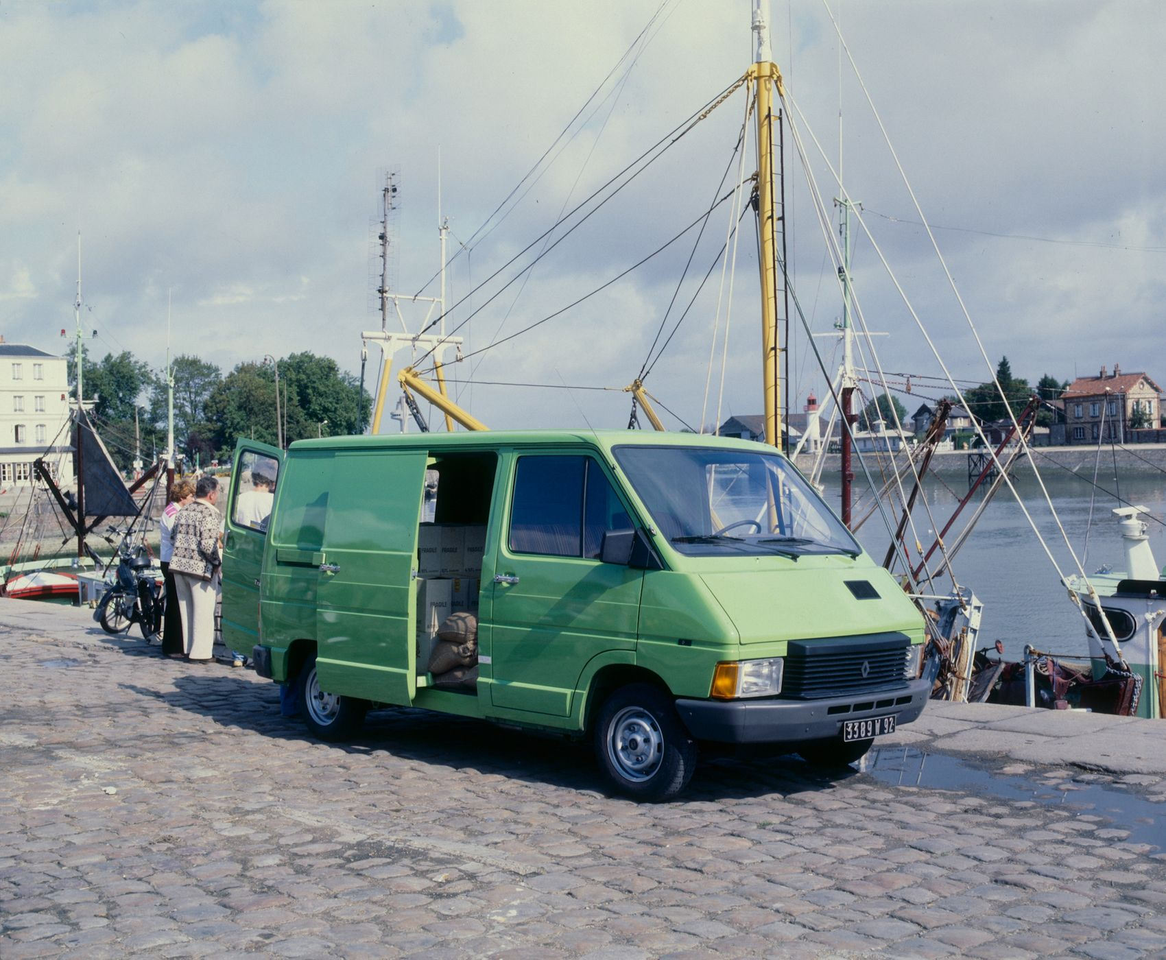2020 - 40 years of Renault TRAFIC_low