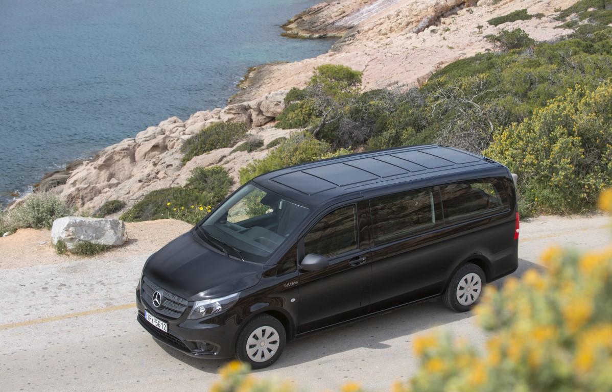 Τα 9θέσια βαν της ελληνικής αγοράς Mercedes-Benz Vito Tourer Dark Edition (3)