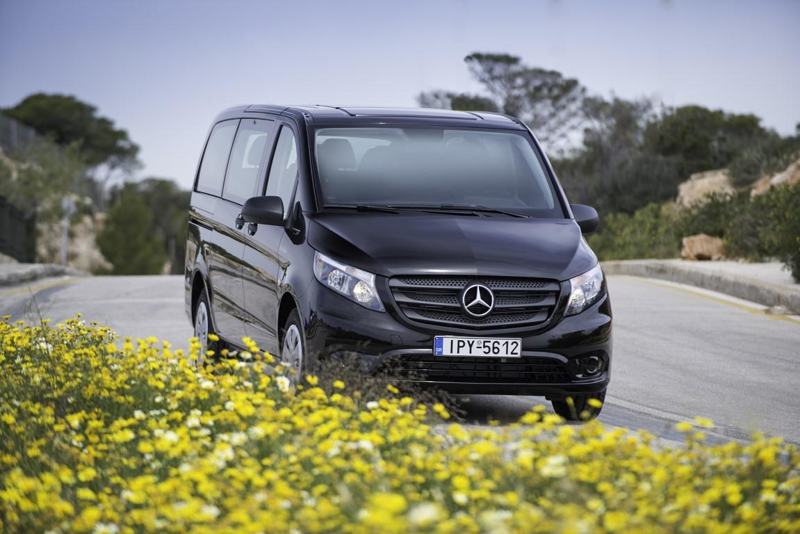 Τα 9θέσια βαν της ελληνικής αγοράς Mercedes-Benz Vito Tourer Dark Edition (7)