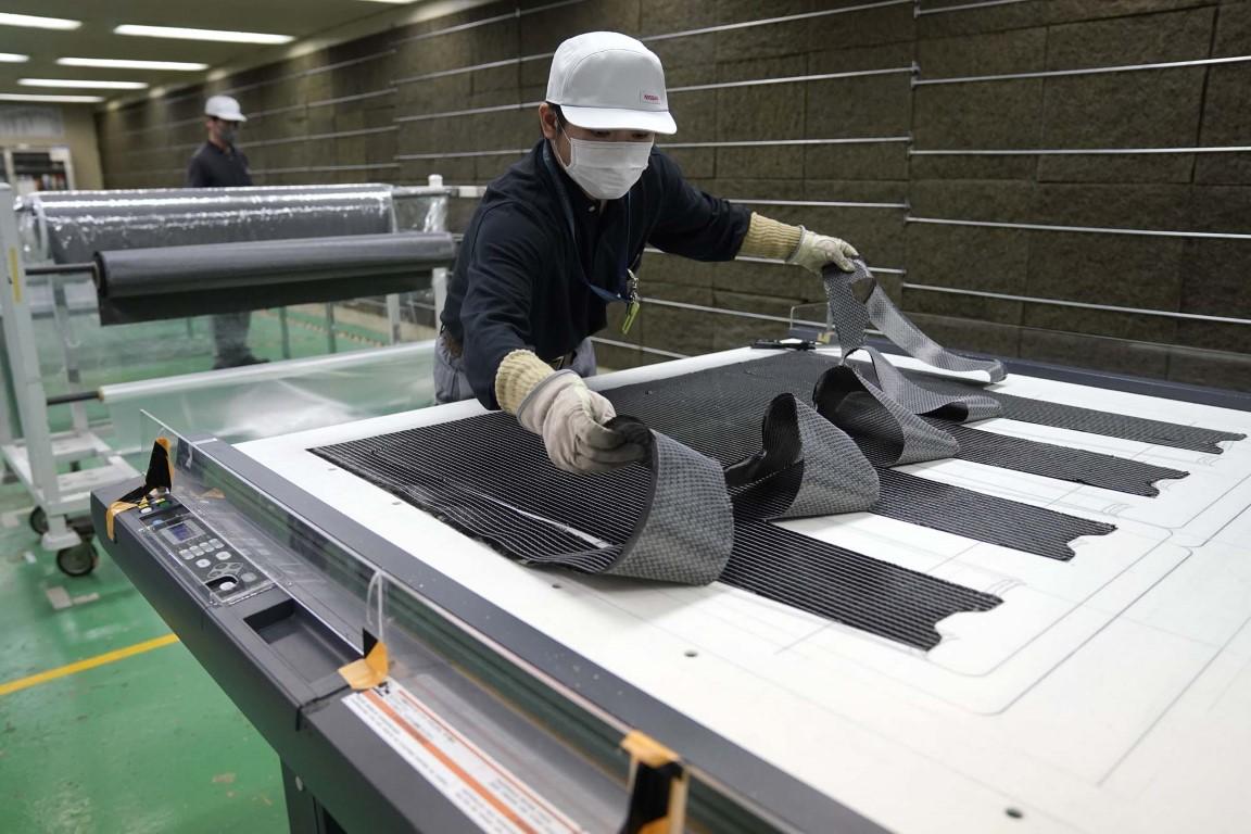 Nissan Σημαντική ανακάλυψη στην παραγωγή ανταλλακτικών από ανθρακονήματα (4)
