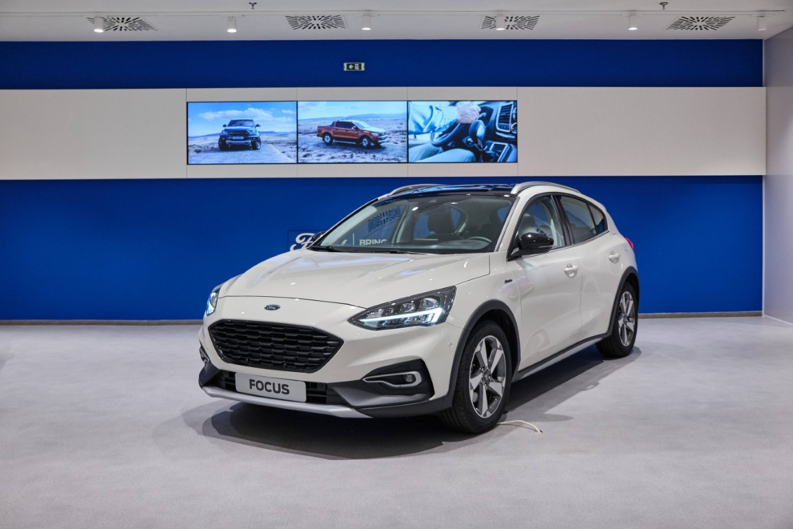 O νέος εκθεσιακός χώρος της Ford στο The Mall Athens (2)