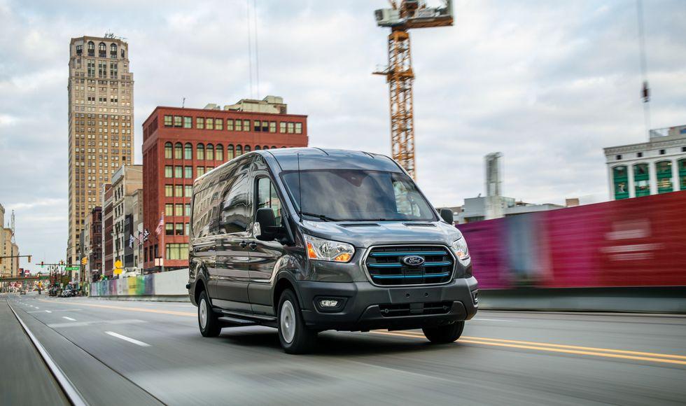 Η Ford αποκαλύπτει το ηλεκτρικό E-Transit (1)