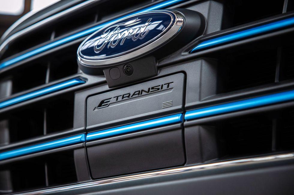 Η Ford αποκαλύπτει το ηλεκτρικό E-Transit (8)