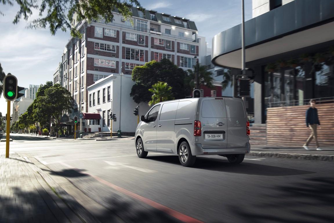 Peugeot e-Expert Ευελιξία χωρίς ρύπους! (4)