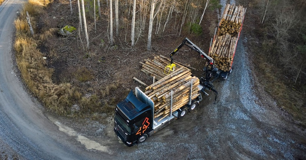 Scania με ανυψουμενο τρίτο άξονα
