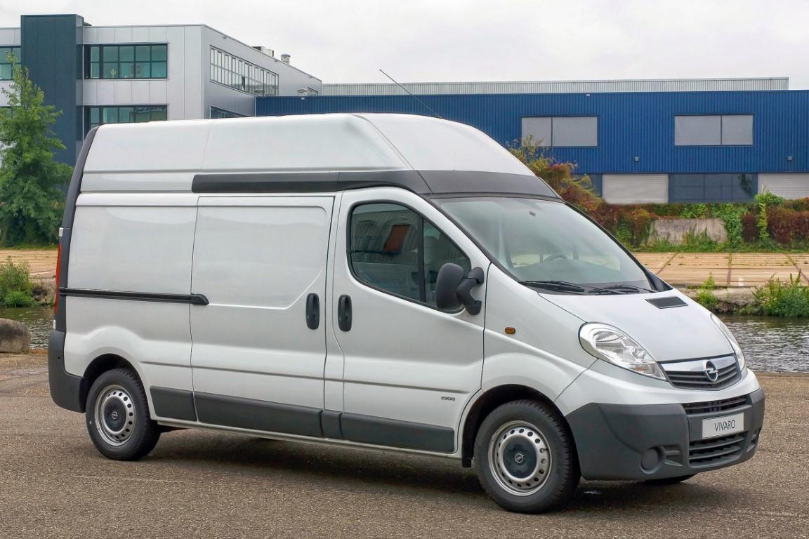 Opel Vivaro A mit Hochdach (2006)