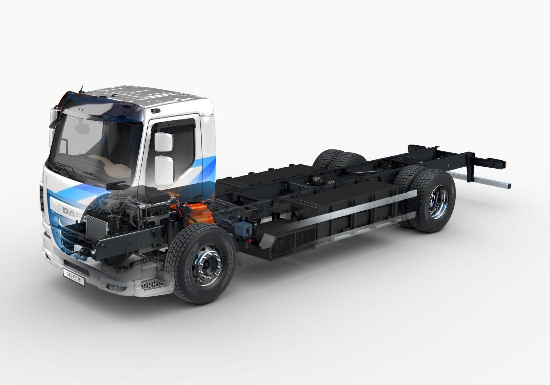 DAF-Trucks-introduces-LF-Electric-ghost-view (Medium)