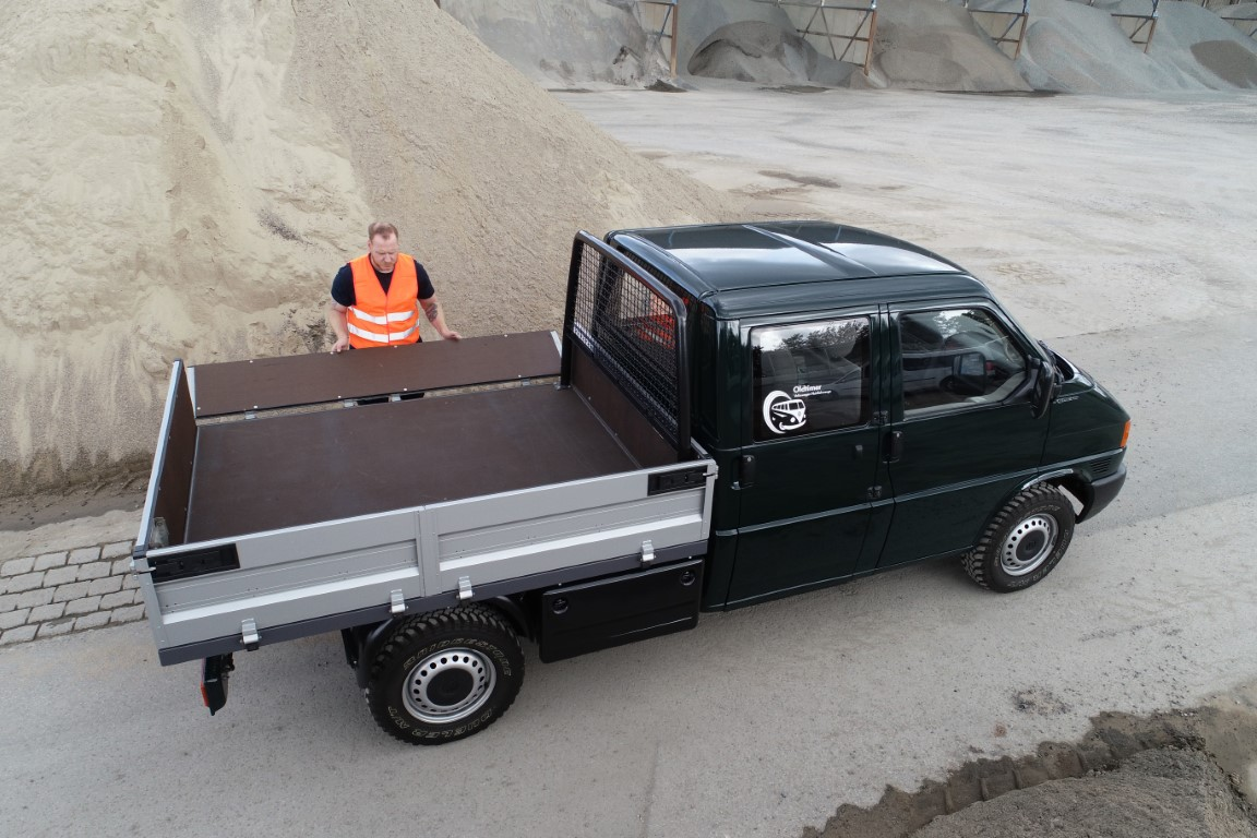VW-Transporter-6