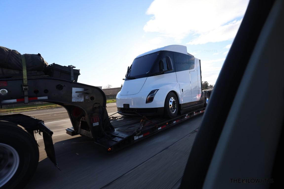 tesla_truckstrailer