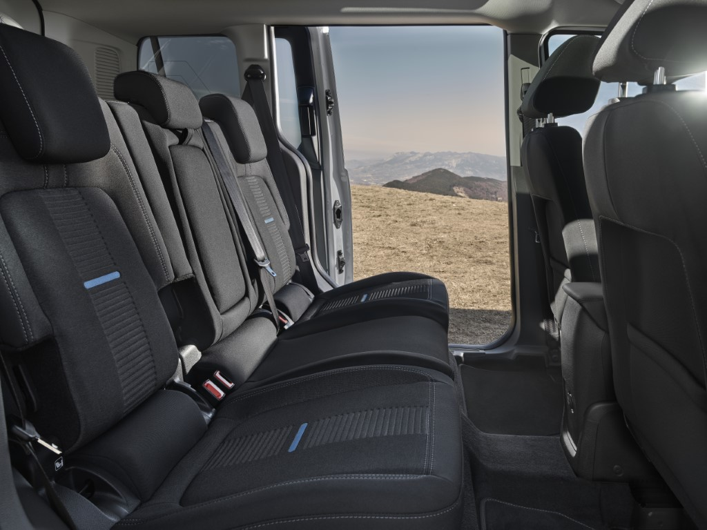 Ford Connect Active (3)