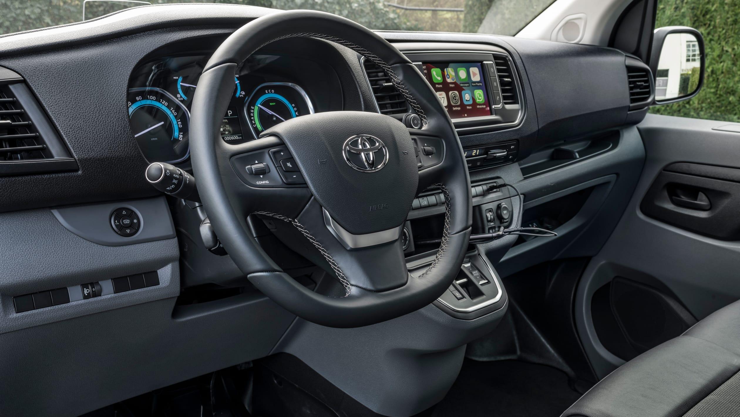Toyota Proace van-4
