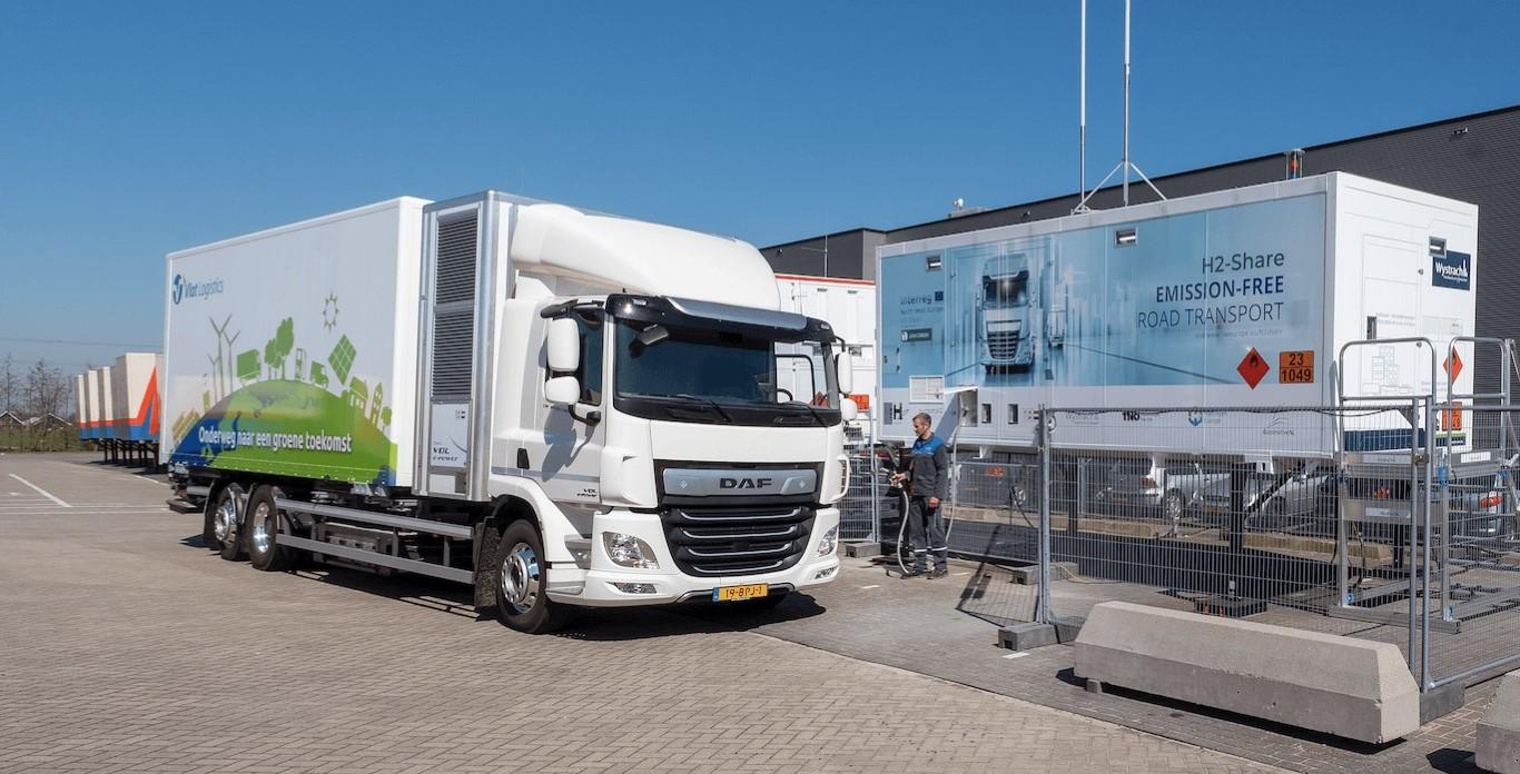 hydrogen_pump_refueling (1) (Medium)