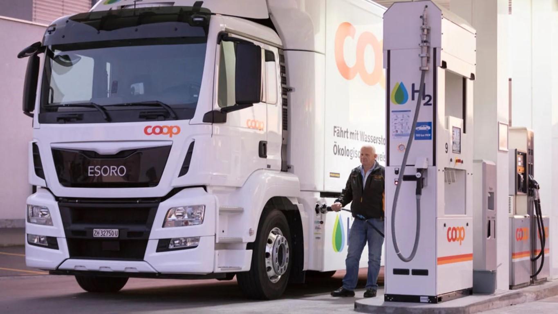 hydrogen_pump_refueling (2) (Medium)