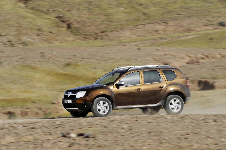 11-2010 - Dacia DUSTER_low