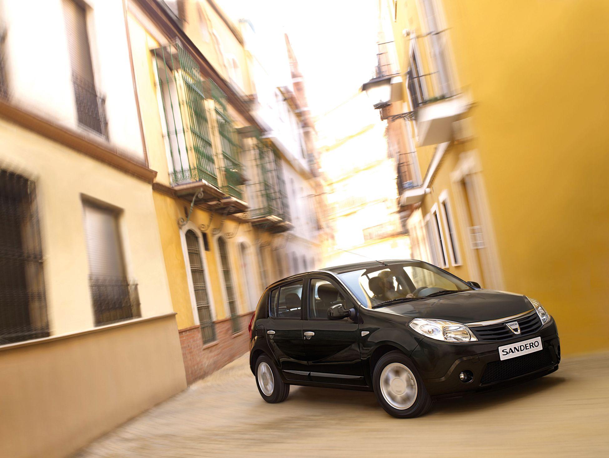 12-2008 - Dacia SANDERO_low