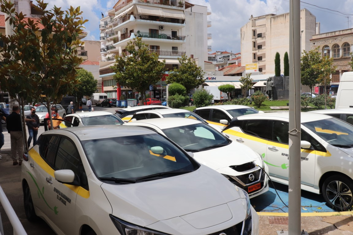 Nissan Leaf_Perifereia_pelop (1)